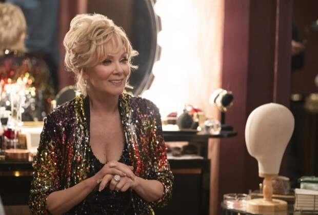 Hacks Premiere: Jean Smart Takes On the Misogynist World of Stand-Up in HBO Max's Latest Comedy — Grade It!