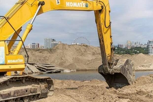 Строительство дворца спорта в Новосибирске остановили на полтора месяца, всё из-за ласточек