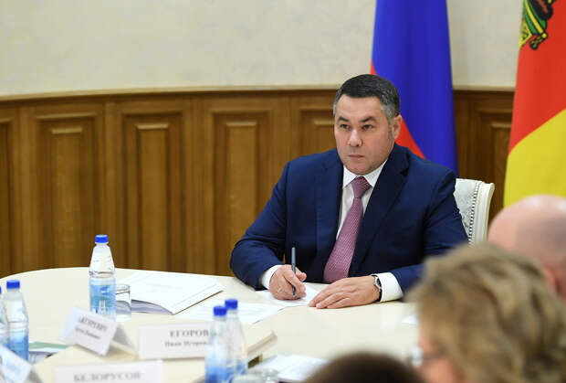 Более 1000 сотрудников социальных учреждений Тверской области получат доплаты