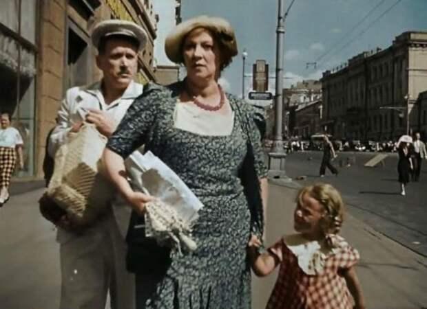 На Шоссе Энтузиастов бесплатно покажут легендарную комедию с Раневской