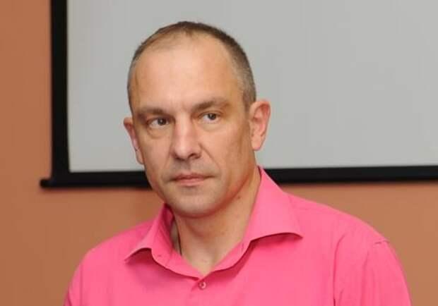 Окара топит Савченко