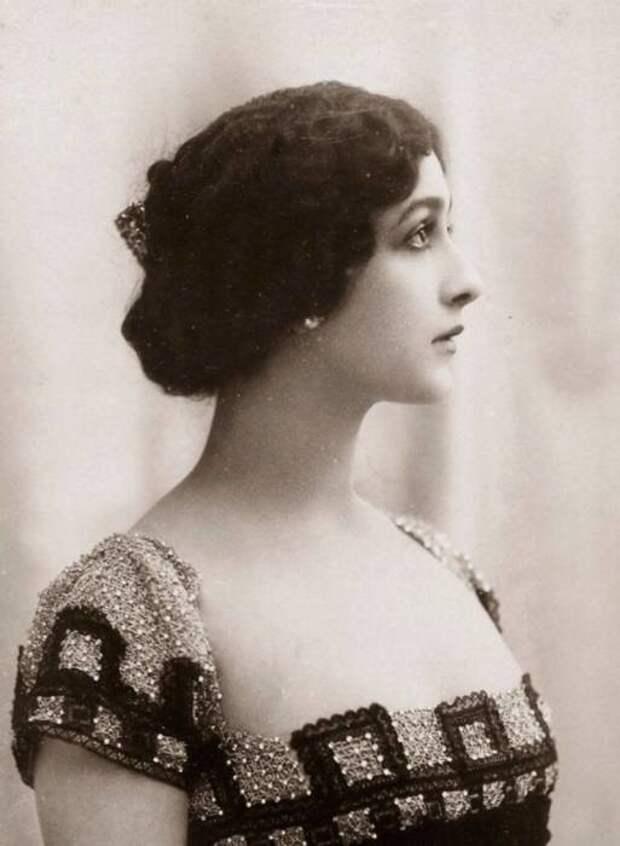 Лина Кавальери (1874-1944), фото ок. 1900 г.