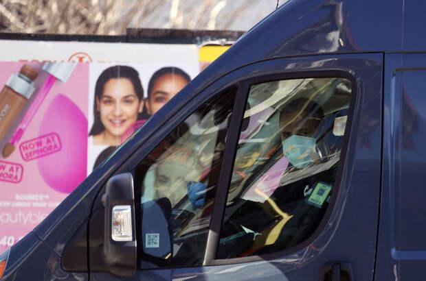 L'Oréal сошёл с ума: Дамы с синими лицами. Ведь вы этого достойны!