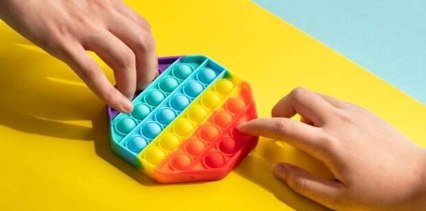 Какое действие на психику ребенка оказывают антистресс-игрушки