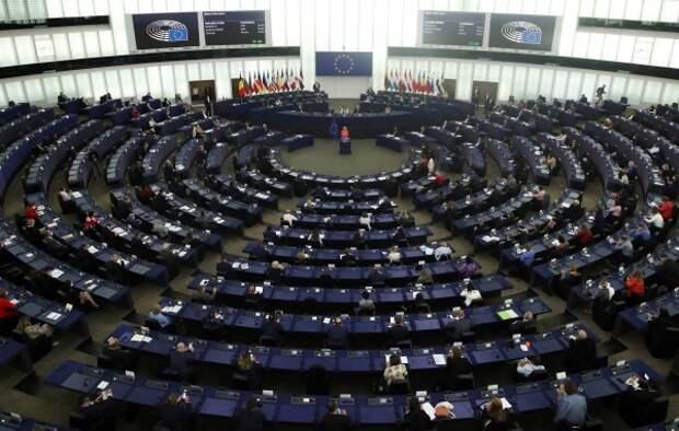 Европарламент утвердил доклад с пунктом о непризнании выборов в Госдуму РФ