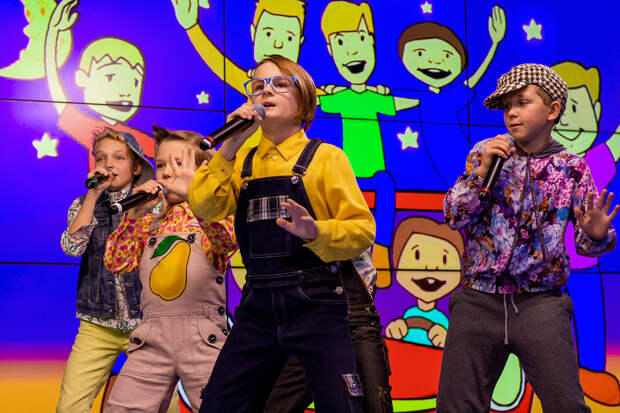Волшебники двора выступили с живым концертом в студии Детского радио