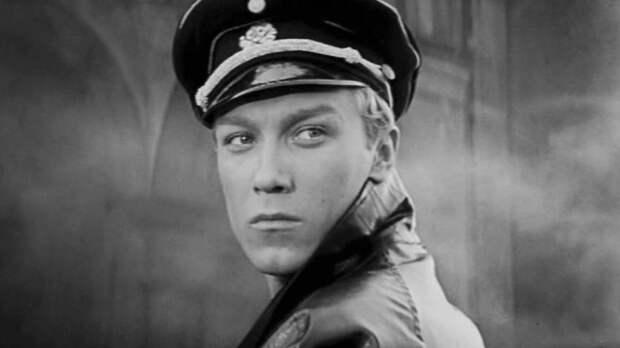 7советских актеров вначале карьеры ивпоследних ролях