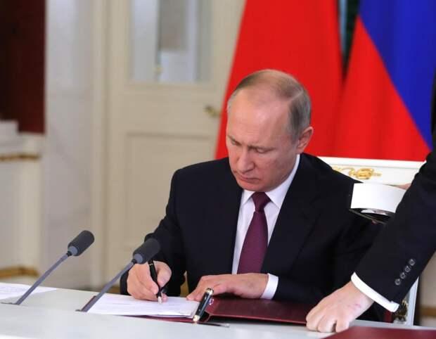 Перечень поручений правительству по профилактике гриппа в осенне-зимний период подписал Путин