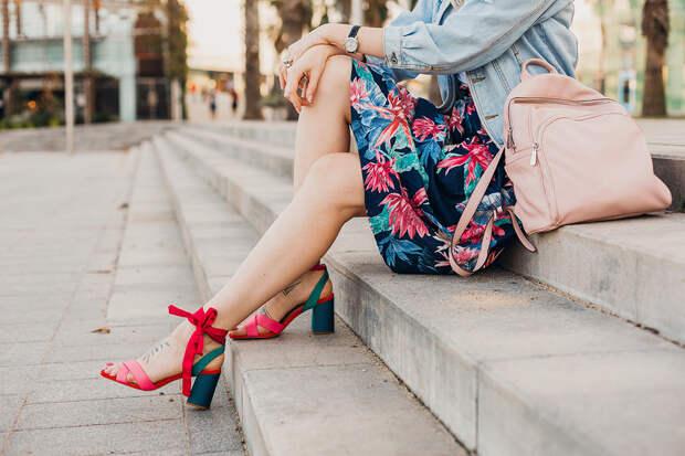 Ножки на миллион: какую летнюю обувь выбрать