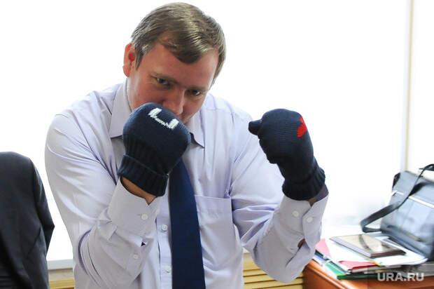 Челябинский экс-омбудсмен подал всуд нагосударство