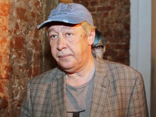 Заявление о невиновности Ефремова в ДТП стало унижением актера