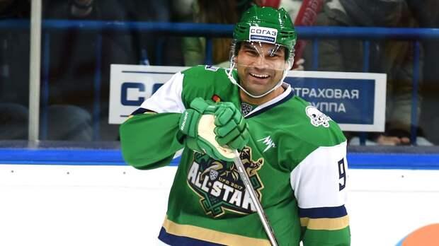 «Многие люди остались без денег, а хоккеисты — счастливчики». Доус — об «Ак Барсе», потолке зарплат и Дацюке
