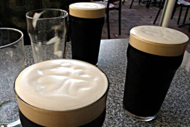 """С момента первого своего появления но свет до наших дней пиво """"Гиннесс"""" проделало немалый путь"""