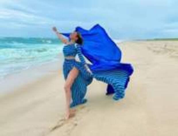 Мексиканская певица Thalia радуется окончанию карантина