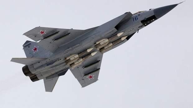 В Sohu объяснили, как Россия превратила советский МиГ-31 в грозное современное оружие