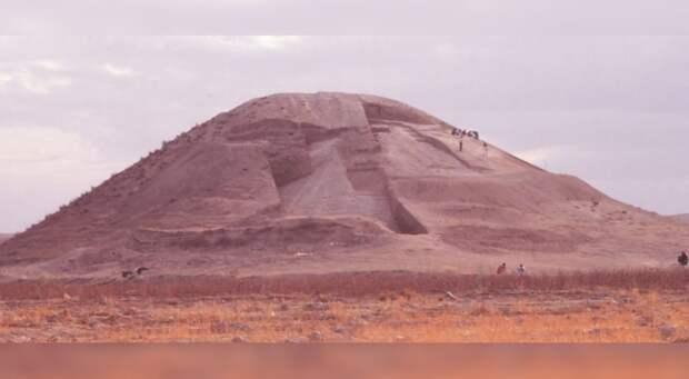 Обнаруженный археологами курган в Сирии оказался древним военным мемориалом