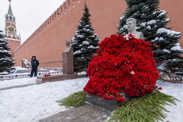 О культе товарища Сталина