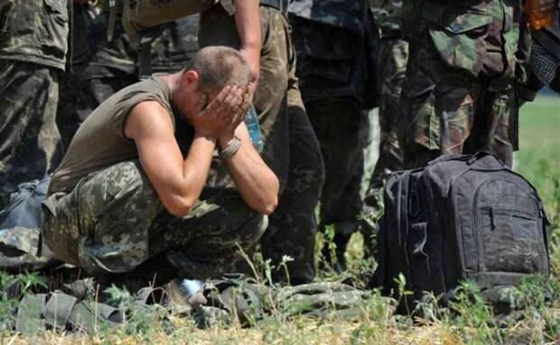 Командир ВСУ измывается над офицерами (ВИДЕО)