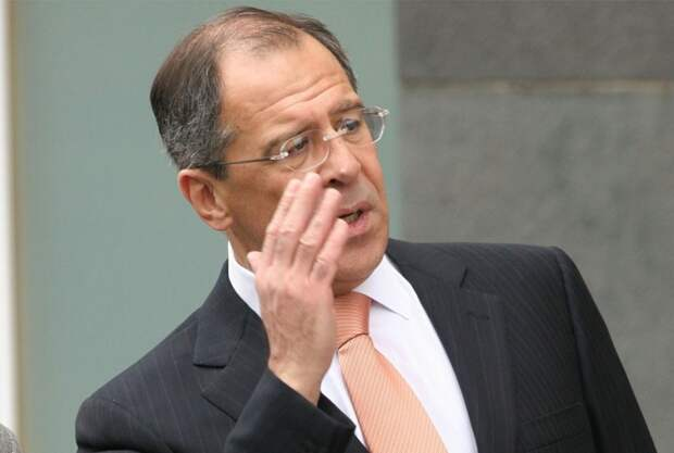 «Это наша земля!»: Лавров резко осадил Украину из-за скандальных жалоб на визит Путина в Крым
