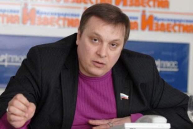 Разин собирается просить Путина помиловать Ефремова