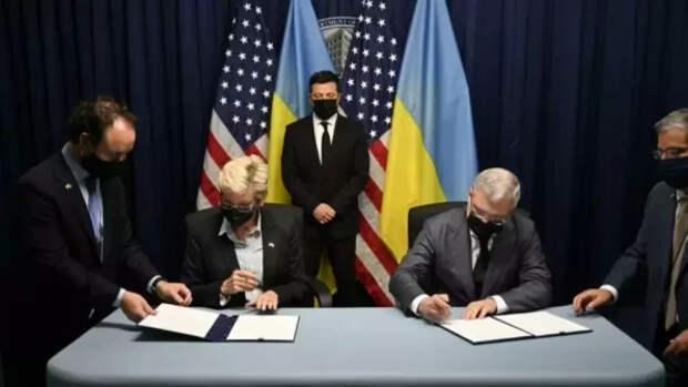 «Официант наш величайший»: украинские пользователи высмеяли фото Зеленского в США