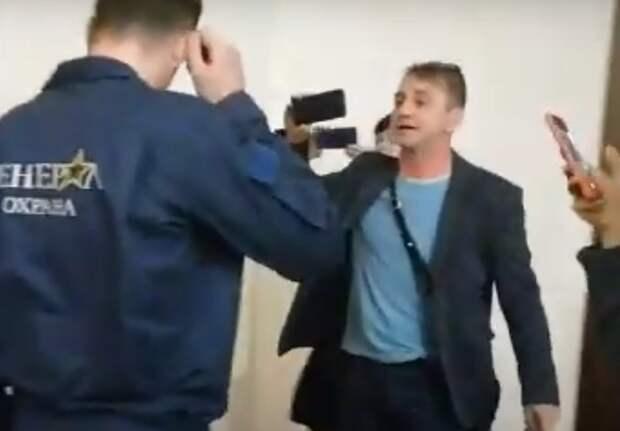 Новости Ростова вчетверг озадержании блогера Хорошилова иравнодушии Кати Гордон