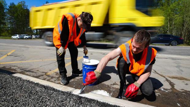 Общественные работы на дорогах ЛО в период пандемии