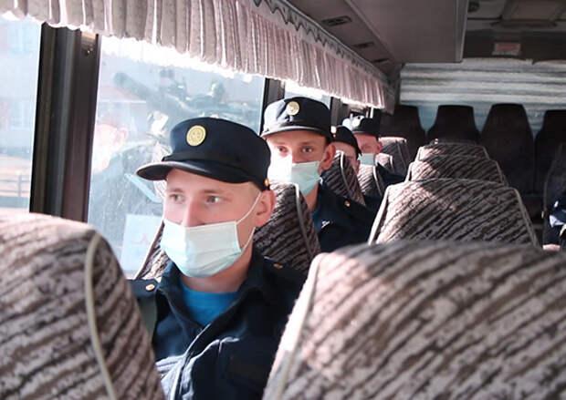 Из Сибири более тысячи призывников отправились на военную службу