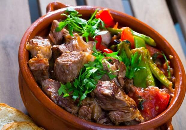 Мясное ассорти в горшочках: рецепты с фото мясо