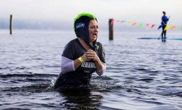 Эмоциональные новогодние купания зимние купания, интересно, моржи, эмоции