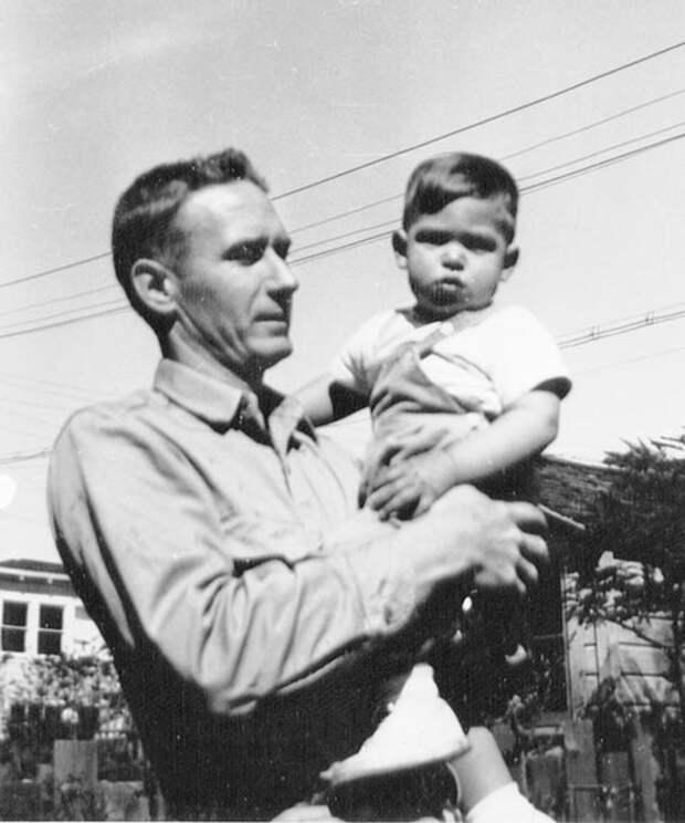 Пол Джобс с сыном Стивом