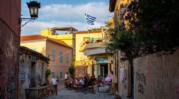 Без запретов и карантинов: россияне снова могут рвануть в Грецию по зову души