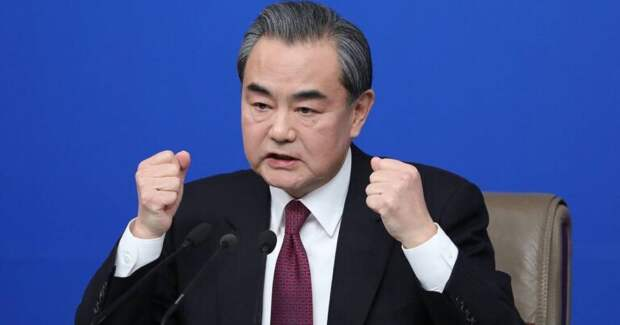 В Пекине поставили диагноз Вашингтону: США лишились разума, нравственности и доверия
