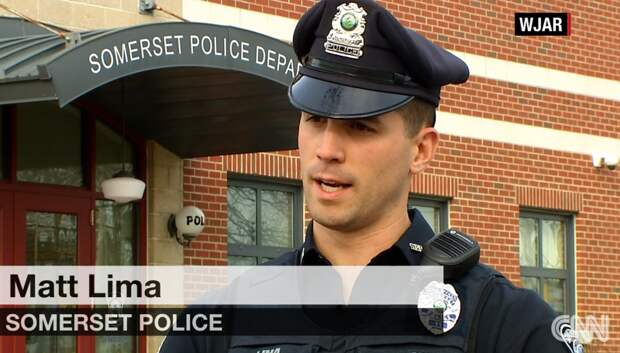 Враньё: Полицейский купил воровкам продукты