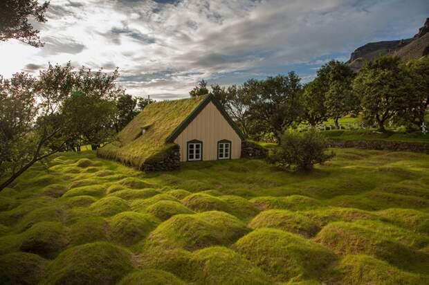 lonelyhouses12 Потрясающие дома, построенные вдали от цивилизации