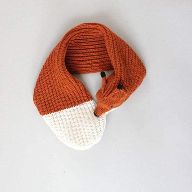 Закутайтесь в вязаные шарфы с животными, которые не кусаются