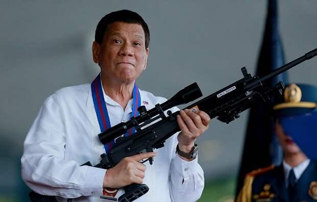 Чем мы хуже американцев? Вакциной «Спутник V» давайте прививать филиппинцев