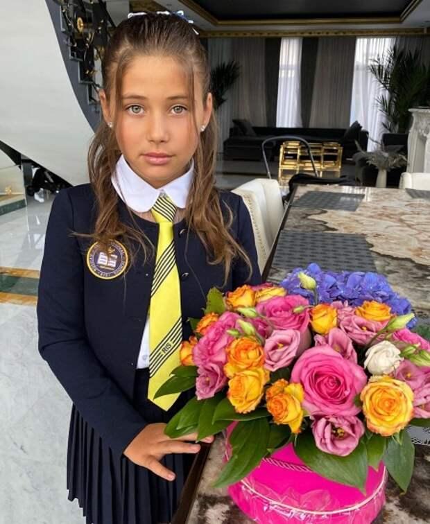 Дочь Джигана и Оксаны Самойловой Ариела