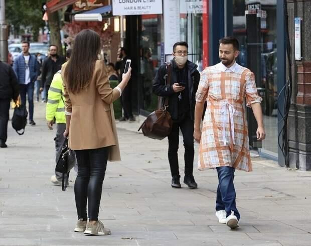 Британец провел эксперимент: прошелся вплатье поЛондону ипосмотрел нареакцию жителей