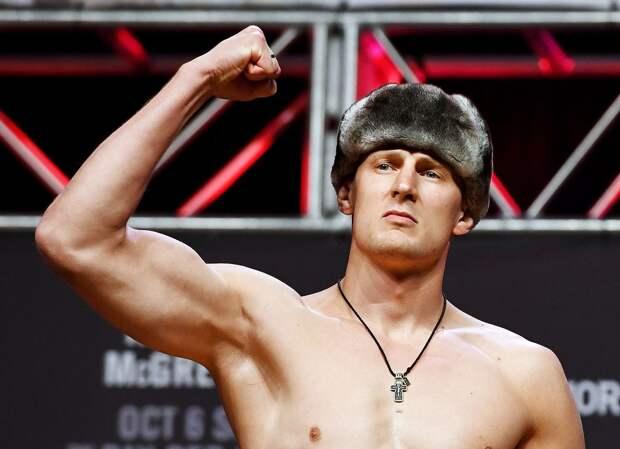Глава UFC показал прибытие Волкова и Оверима на турнир в Лас-Вегасе
