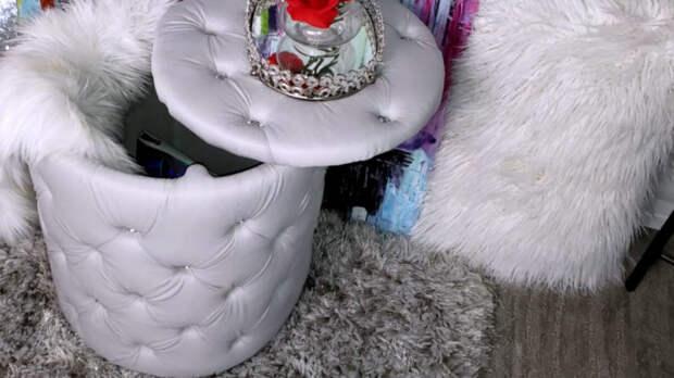 Необычное использование старого табурета в декоре