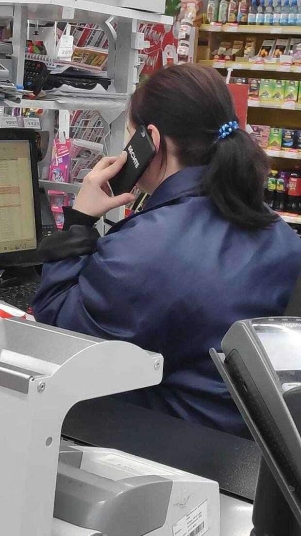 Телефонные чехлы для тех, кому есть что сказать (19 фото)