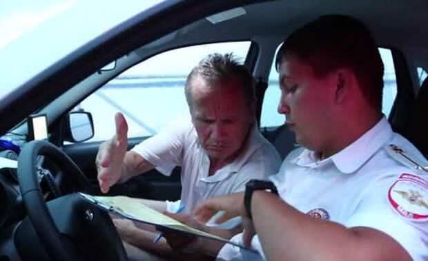 Видео задержания нетрезвого замминистра, управлявшего вседорожником Chevrolet Niva