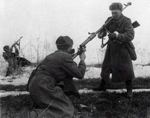 «Истребитель танков»: как противотанковое ружье Дегтярева помогало бить немецких захватчиков