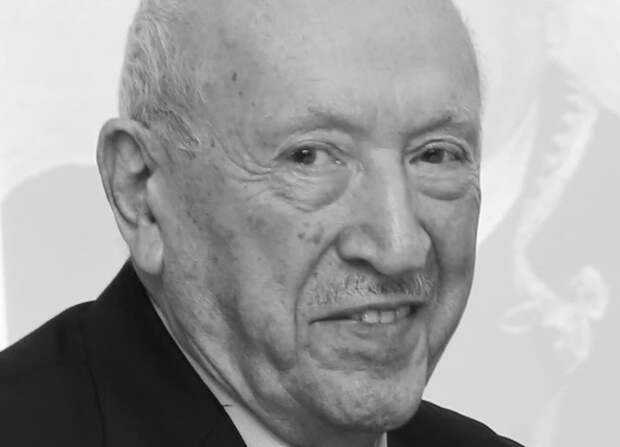 Умер художник Таир Салахов