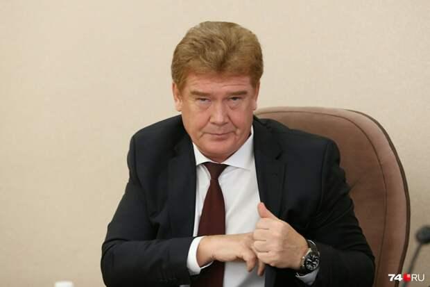 Мэр Челябинска вышел к горожанам на диалог и рассказал горожанам о плохой экологии в Париже