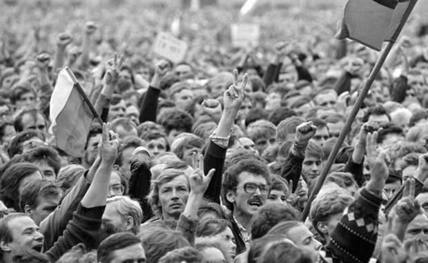 Пенсионная реформа: Поколение 90-х расплатилось за жажду свободы, а не власть отняла деньги