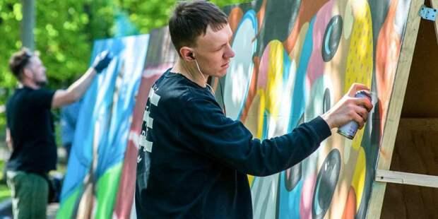 Депутат Мосгордумы выступила за сохранение граффити «АЯ» на торце жилого дома в Беляево / Фото: mos.ru