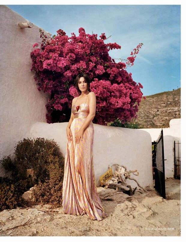 Итальянская красавица Моника Беллуччи в фотосессии на Ибице.
