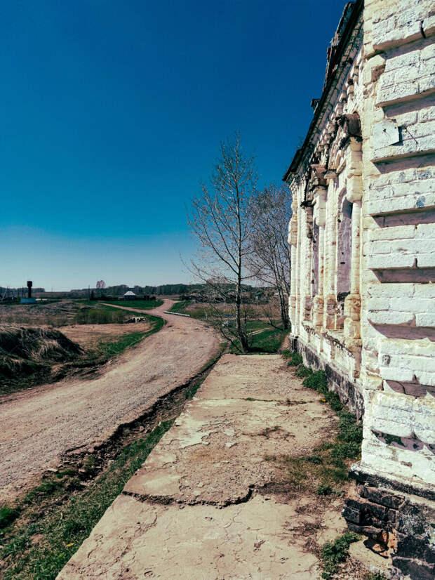 Брошеная история погибающего села Битки.